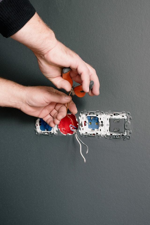 elektriker arbeid